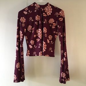 Floral bell Sleeved top